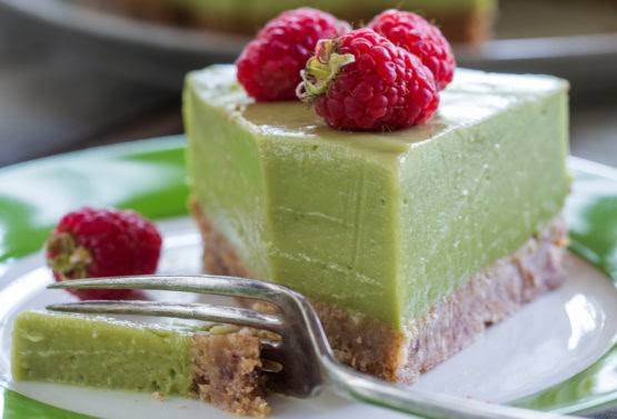 Avocado, Coconut and Lime 'cheese' cake Recipe